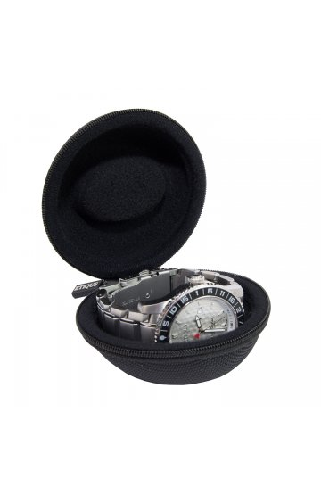 PROTECTIVE WATCH CASE